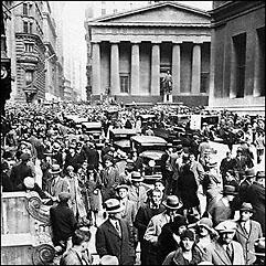 Kö med människor som tänker ta ut sina pengar på Wall Street 1929