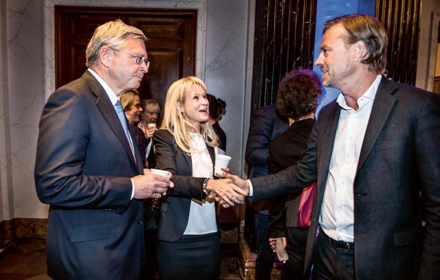 Christian Clausen, Nordea, Annika Falkengren, SEB, och Michael Wolf, Swedbank träffas på Bankföreningens årsmöte i november förra året. Bild: Lars Pehrson/SvD/TT
